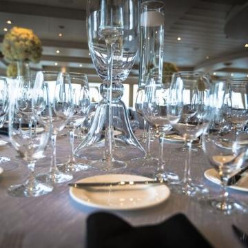 Yacht Wedding Glassware view